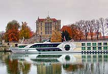 теплоход Swiss Emerald компания Scylla Tours