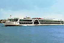 теплоход Amadeus Brilliant компания Luftner Сruises лайнер