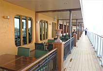 Лайнер Norwegian Cetaway, на палубе