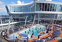 Лайнер Allure of the Seas, на верхней палубе