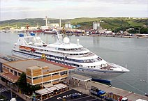 Seabourn Legend THE YACHTS OF SEABOURN
