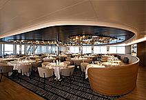 ресторан на борту, яхта Le Laperouse