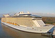 Лайнер Anthem of the Seas круизной компании Royal Caribbean